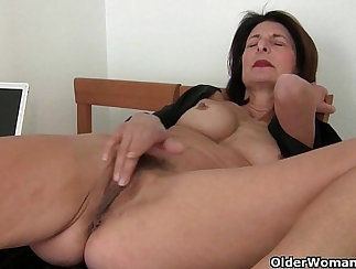 Busty brown haired mom gets her pussy fucked in reverse cowgirl pose