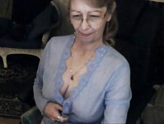 BIG GRANNY OWN SCHOOLS TEEN LEBSONS TURN OUT TO CAM TO FUCK