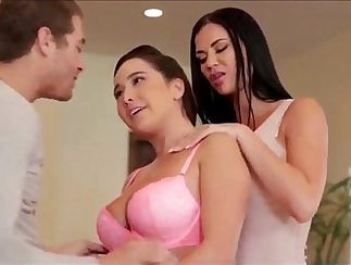 Step- brother sexparty for students Is My Stepdaughter Still Away ?