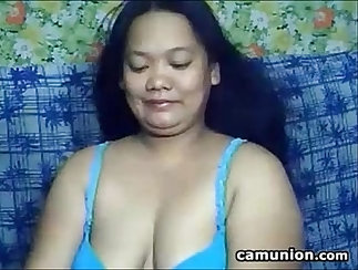 Asian VS Hot Mature in Her Bed